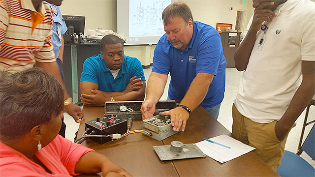 Southern Folger Instructor, Mr. Hendron, Teaching Locksmith Class